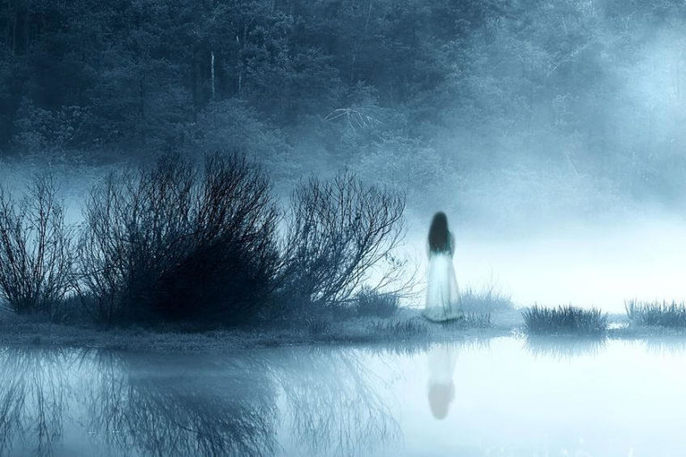 The Top 5 Most Mysterious Unexplained Phenomena