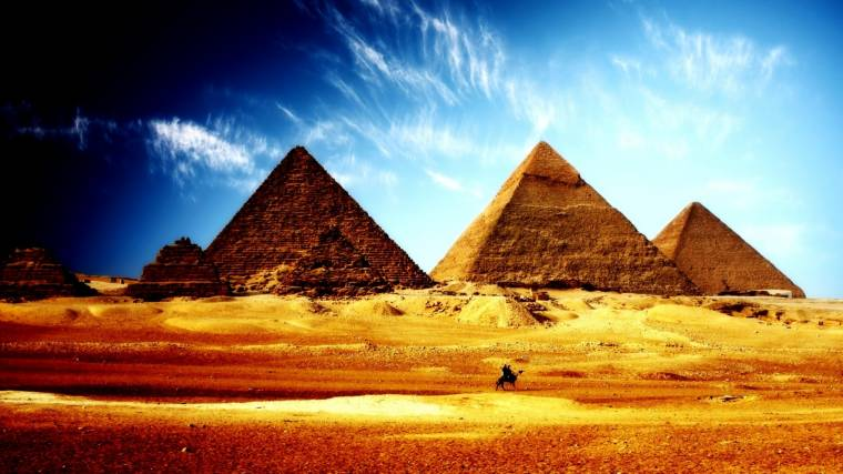 Secrets of the Ancient Pyramids: Physicists Suggest a New Theory of Construction