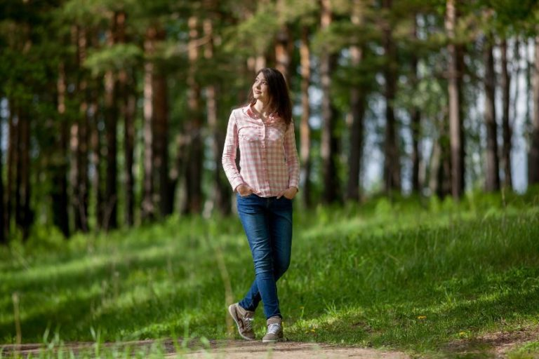 Walking in Nature Reduces Negativity, Anxiety and Stress, Study Confirms