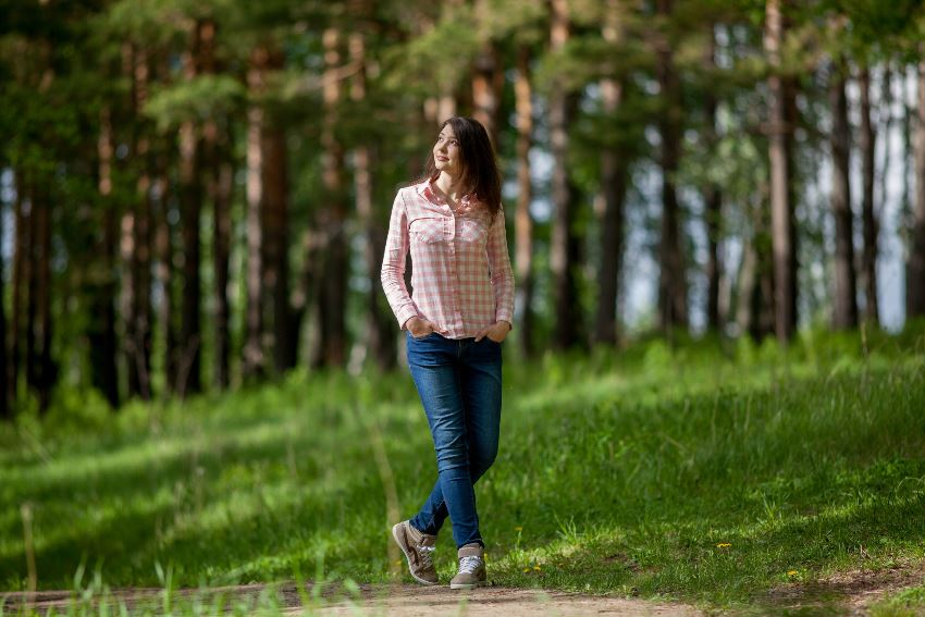 Walking In Nature Reduces Negativity Anxiety And Stress Study Confirms Learning Mind