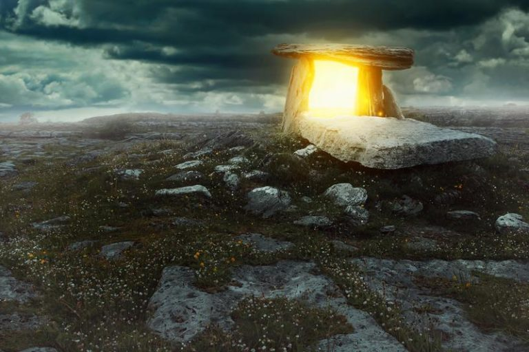 Are Megalithic Structures 'Alive' Or Just Barren Rock?