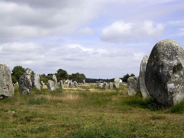 Carnac megalith alignment
