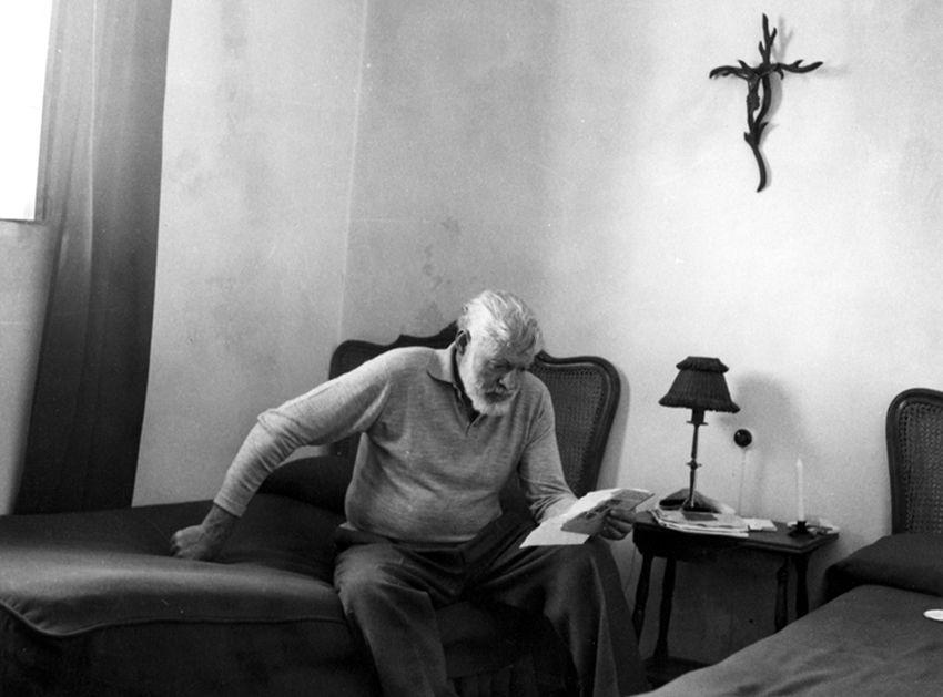 Ernest Hemingway procrastination tips