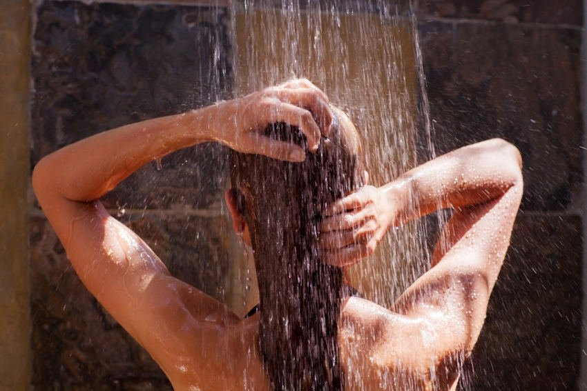 The Time You Spend in the Shower Might Determine How Lonely You Are