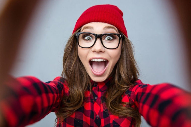 The Link between Selfies and a Lack of Self-Confidence That You Were Not Expecting