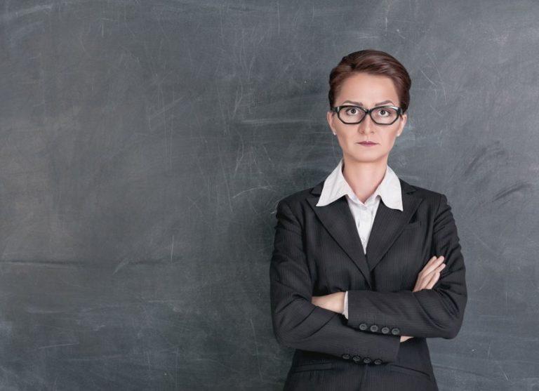 Study Reveals Why Smart Women Scare Men Away