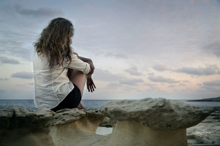 Why Introverts and Empaths Struggle to Make Friends (and What They Can Do)