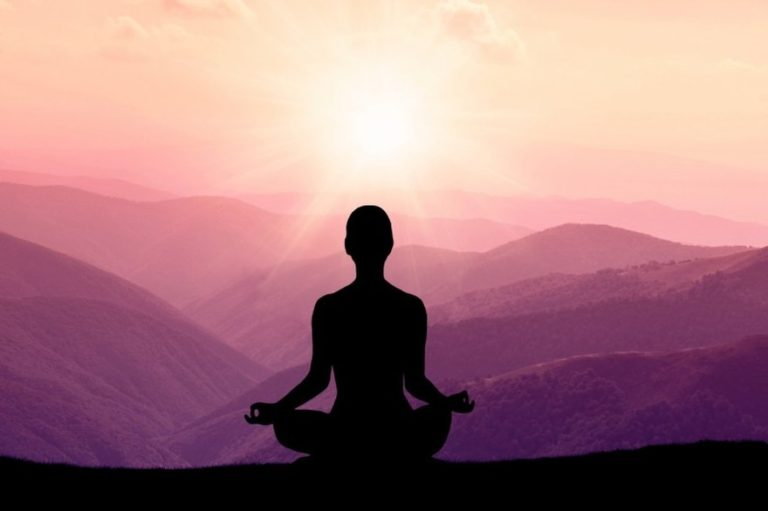 How to Control Your Mind during Meditation with the Power of Hypnosis