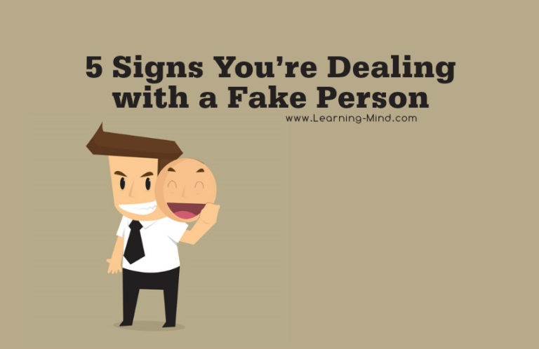 5 Signs You Are Dealing with a Fake Person