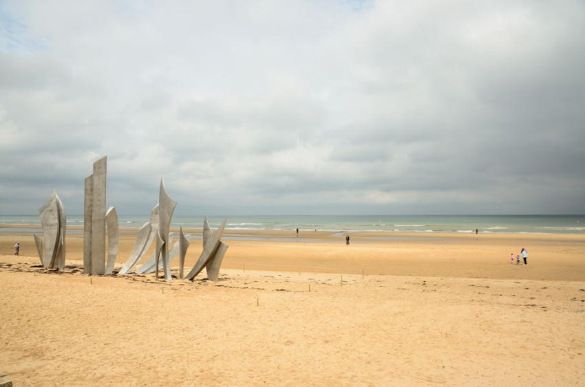 Omaha Beach places of power