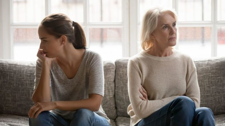 When an Aging Parent Becomes Toxic: How to Spot & Deal with Toxic Behaviors