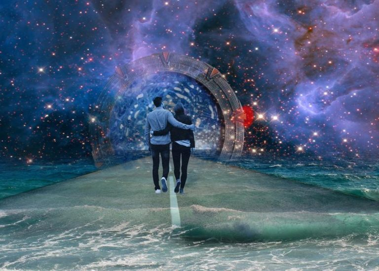 8 Signs of a Twin Flame Connection That Feel Almost Surreal