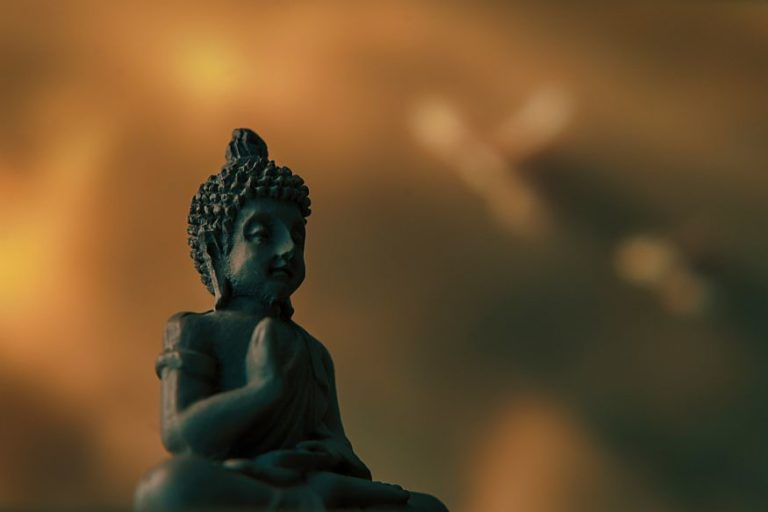 5 Zen Teachings That Will Help You Become a Wiser and Calmer Person