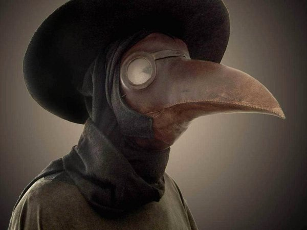 bubonic plague doctors mask