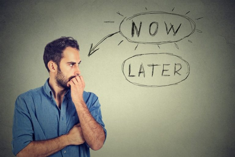4 Strategies for Overcoming Procrastination, Backed by Studies