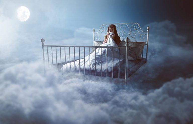 False Awakening in Regular and Lucid Dreams: Causes & Symptoms