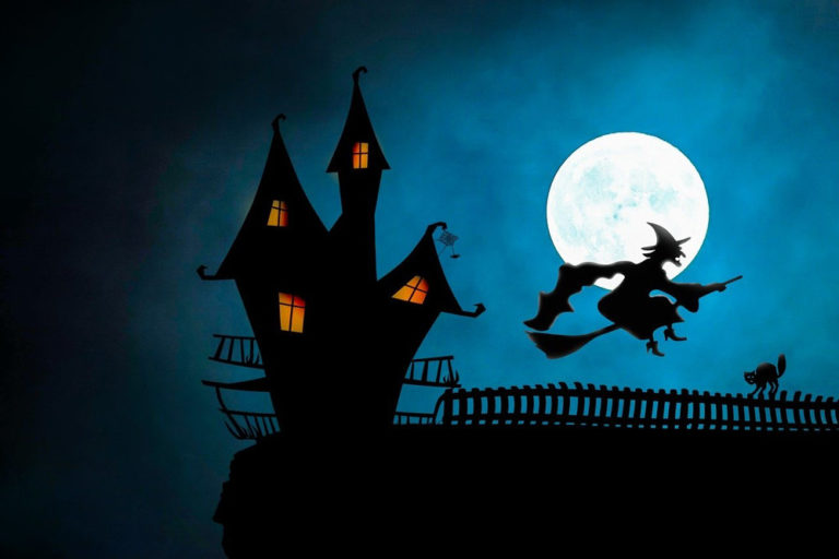 Rare Halloween Blue Moon Is to Add Eeriness to All Saints' Eve